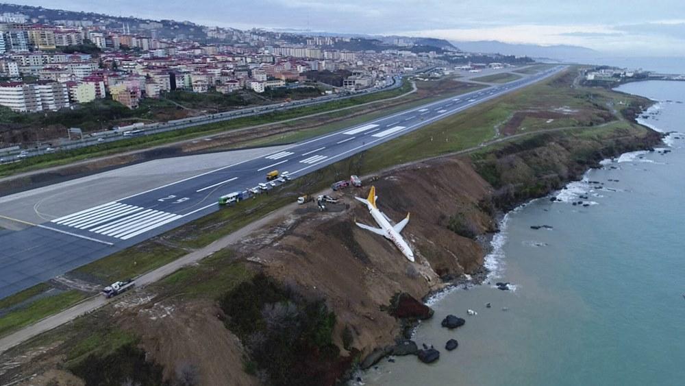 Impresionante: Despistó un avión y casi termina en el mar