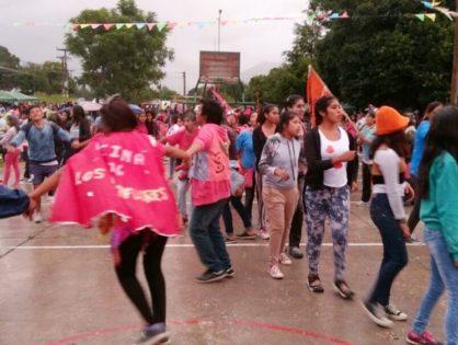 Encuentro carnavalero de comparsas, en Lozano