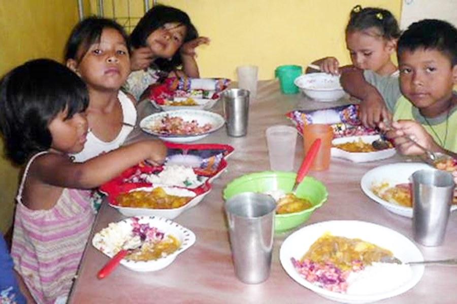 Este viernes comienza el pago a los comedores infantiles - Página ...