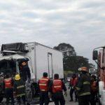 Choque fatal entre dos camiones: un conductor muerto
