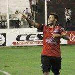 Gimnasia no levanta cabeza: perdió en Santiago del Estero