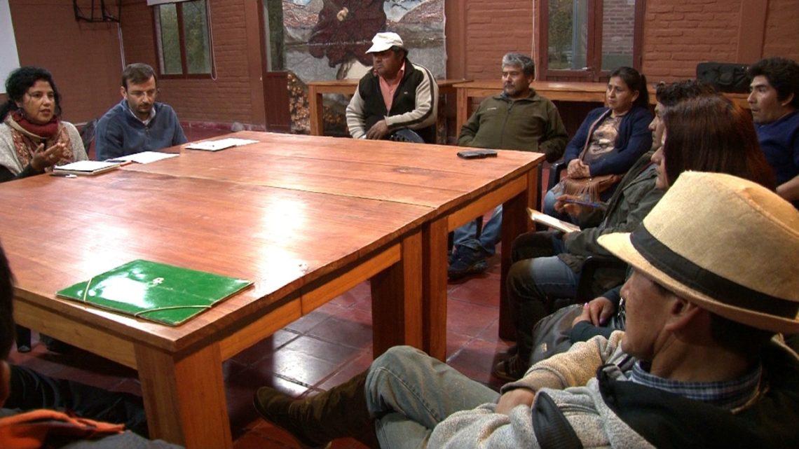 Reunión con productores tabacaleros