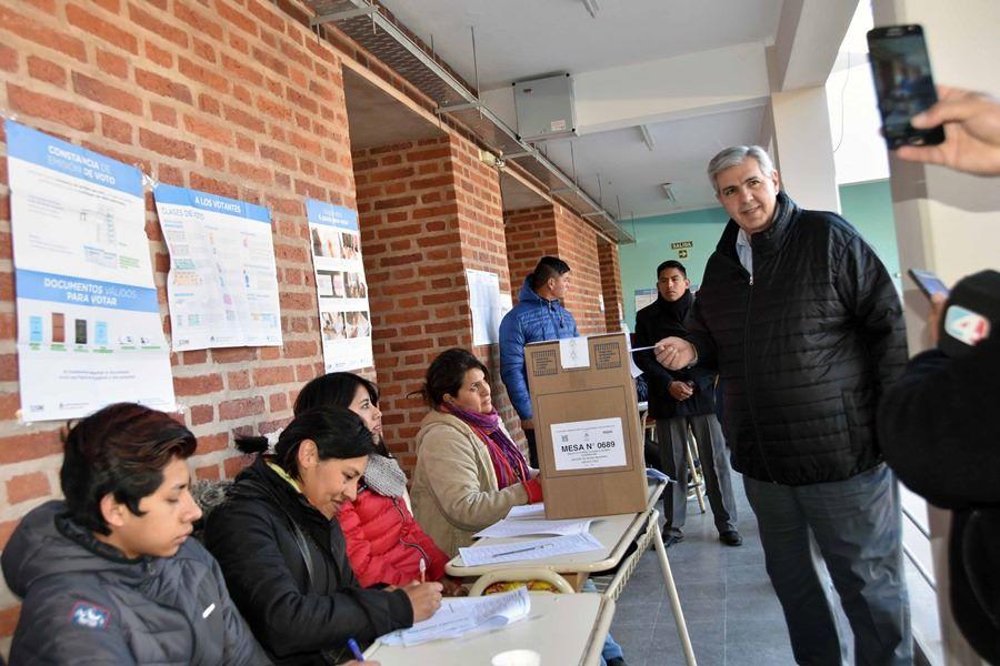 Haquim votando